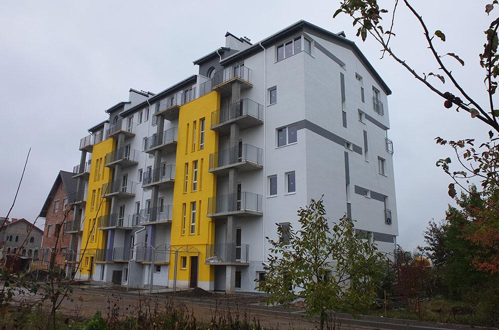 30-квартирний будинок в с. Давидів
